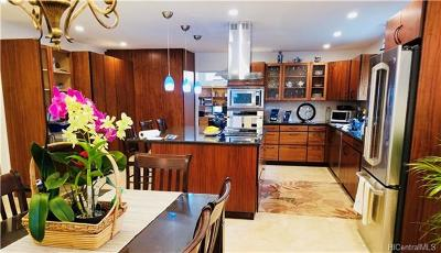 Kailua Single Family Home For Sale: 1547 Ulupii Street
