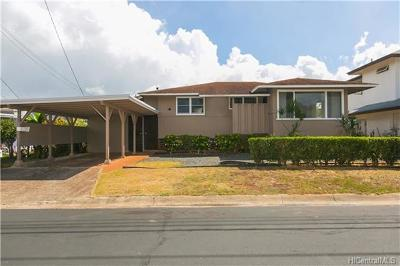 Pearl City HI Single Family Home For Sale: $719,000