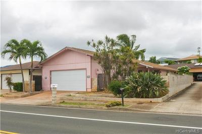 Waipahu Single Family Home For Sale: 94-846 Kaaholo Street