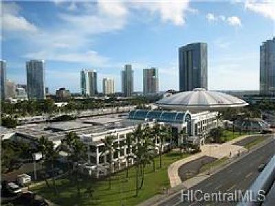 Hawaii County, Honolulu County Rental For Rent: 920 Ward Avenue #15D