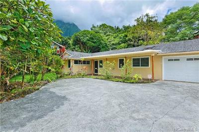 Kailua Single Family Home For Sale: 1339 Hepaki Place
