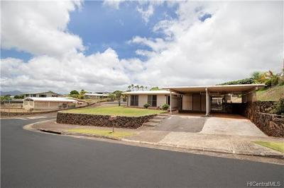 Aiea Single Family Home In Escrow Showing: 98-870 Olena Street