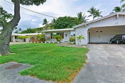 Kailua Single Family Home For Sale: 1237 Mokapu Boulevard