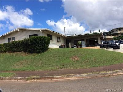 Aiea Single Family Home In Escrow Showing: 99-657 Iwaiwa Street