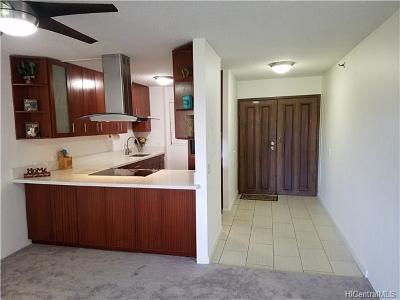 Aiea Condo/Townhouse In Escrow Showing: 98-487 Koauka Loop #B407