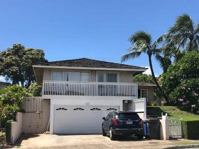 Single Family Home For Sale: 1062 Hunakai Street