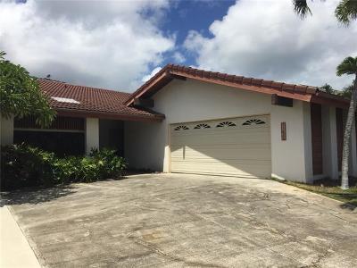 Honolulu County Single Family Home For Sale: 7162 Makaa Street