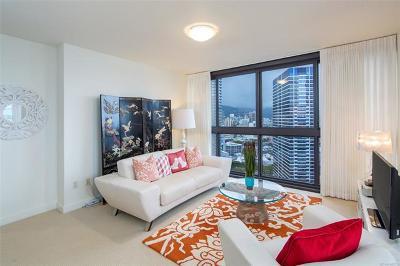 Honolulu Condo/Townhouse For Sale: 600 Queen Street #2611