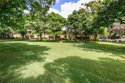 Honolulu Condo/Townhouse For Sale: 365 F Haleloa Place #A706