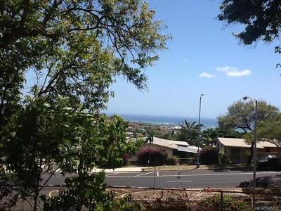 Kapolei Condo/Townhouse For Sale: 92-735 Makakilo Drive #11