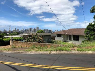 Single Family Home In Escrow Not Showing: 1380 St Louis Drive