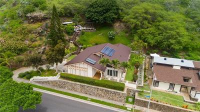 Single Family Home For Sale: 1220 Mokuhano Street