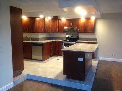 Honolulu HI Condo/Townhouse For Sale: $250,000