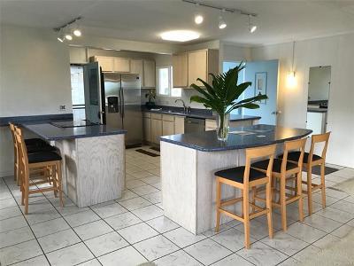 Kailua Single Family Home For Sale: 551 Ululani Street