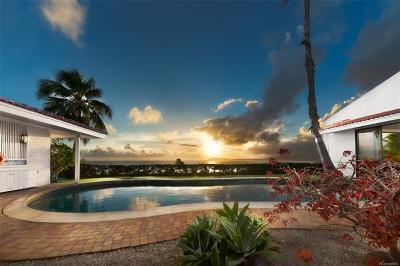 Honolulu County Single Family Home For Sale: 48 Lumahai Street