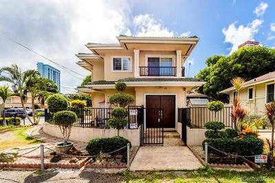 Honolulu Single Family Home For Sale: 2705 Kaaha Street