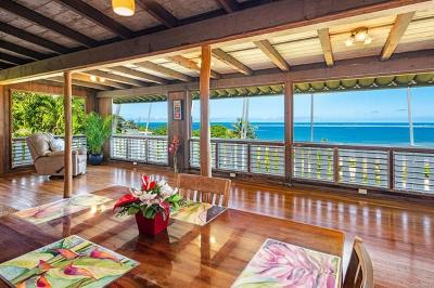 Kaneohe Single Family Home In Escrow Showing: 47-335 Mawaena Street