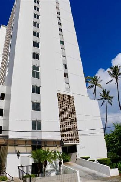 Honolulu County Condo/Townhouse In Escrow Showing: 2611 Ala Wai Boulevard #2401