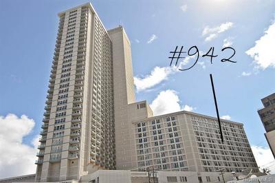 Honolulu County Condo/Townhouse For Sale: 410 Atkinson Drive #942