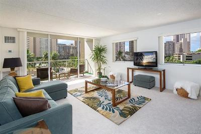 Honolulu Condo/Townhouse For Sale: 400 Hobron Lane #701