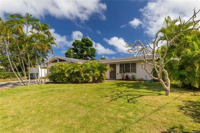 Kailua Single Family Home For Sale: 1010 Mokapu Boulevard