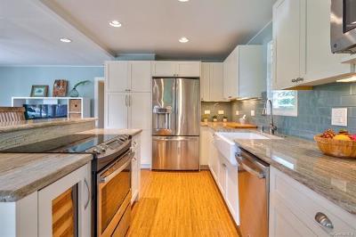 Kailua Single Family Home For Sale: 468 Kaipiha Street #A