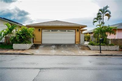 Waipahu Single Family Home For Sale: 94-444 Kuahui Street