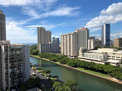Honolulu Condo/Townhouse For Sale: 1717 Ala Wai Boulevard #1707