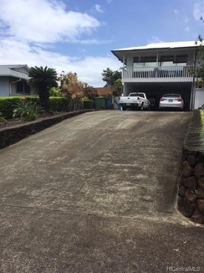 Aiea Single Family Home For Sale: 98-1404 Akaaka Street