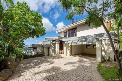 Honolulu Single Family Home For Sale: 3634 Sierra Drive