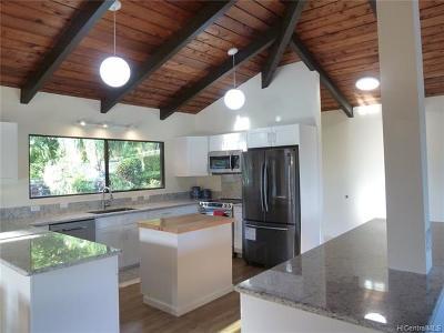 Honolulu Single Family Home For Sale: 6775 Pukoo Street