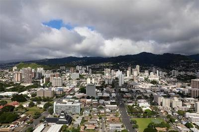 Honolulu Condo/Townhouse For Sale: 1296 Kapiolani Boulevard #E4602