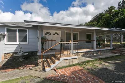 Single Family Home For Sale: 1566 Machado Street