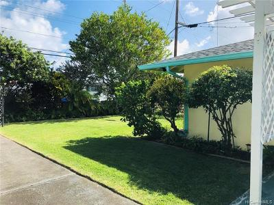 Kailua Single Family Home In Escrow Showing: 745 Oneawa Street
