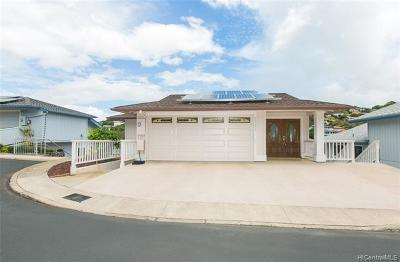 Aiea Single Family Home For Sale: 99-696 Meaala Street