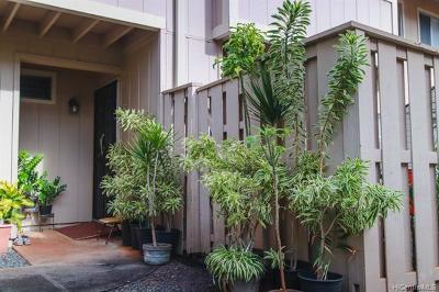 Waipahu Condo/Townhouse For Sale: 94-1068 Kaukahi Place #L5