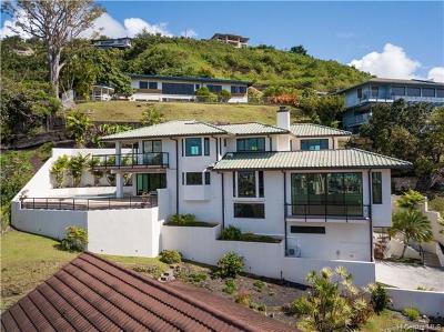 Honolulu Single Family Home For Sale: 2324 Mamane Place