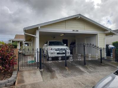Waipahu Single Family Home For Sale: 94-135 Kupuohi Place