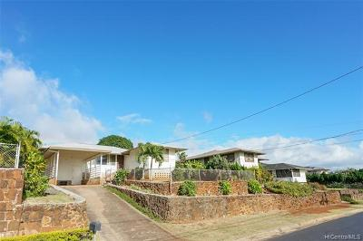 Pearl City Single Family Home For Sale: 820 Puu Kula Drive