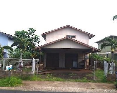 Pearl City Single Family Home For Sale: 1038 Luehu Street