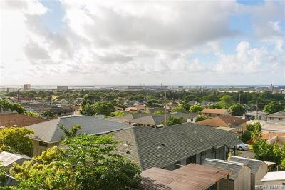 Honolulu Multi Family Home For Sale: 3567 Puuku Makai Drive