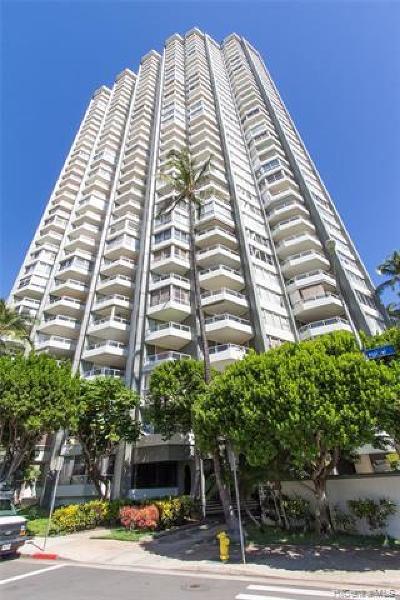 Honolulu Condo/Townhouse For Sale: 2600 Pualani Way #903