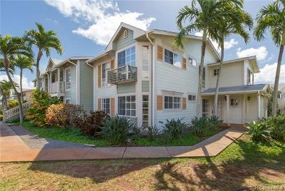 Waipahu Condo/Townhouse For Sale: 94-686 Lumiauau Street #UU104