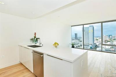 Honolulu County Condo/Townhouse For Sale: 1001 Queen Street #2013