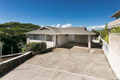 Aiea Single Family Home For Sale: 98-2021 Pahiolo Street