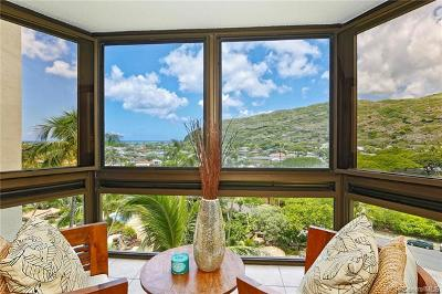 Honolulu County Condo/Townhouse For Sale: 511 Hahaione Street #1-8C