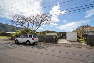 Single Family Home In Escrow Not Showing: 3229 Pawaina Street