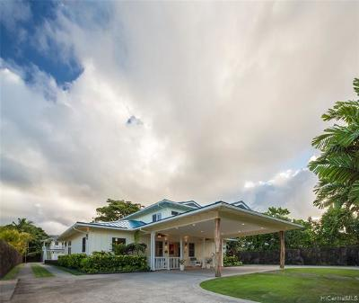 Kailua Single Family Home For Sale: 377 Auwinala Road