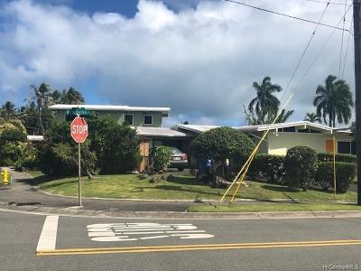Kailua Single Family Home For Sale: 813 Pomahina Place