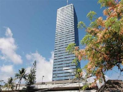 Honolulu HI Condo/Townhouse For Sale: $127,000